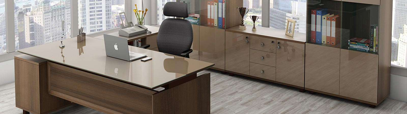 Modern Office Tables in Delhi NCR, India